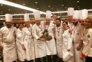 Národní tým českých kuchařů a cukrářů vyhrál mezinárodní soutěž v Singapuru.
